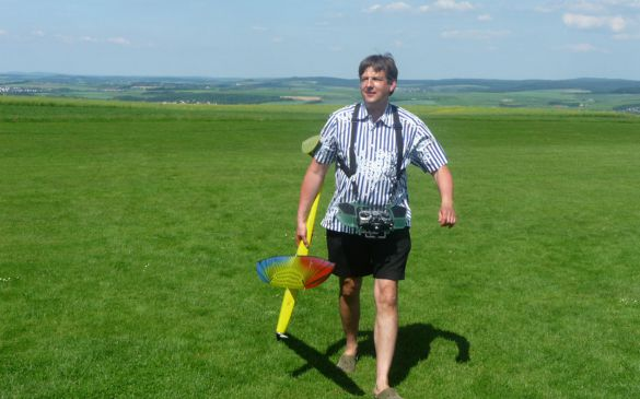 Andreas mit seinem Eisvogel