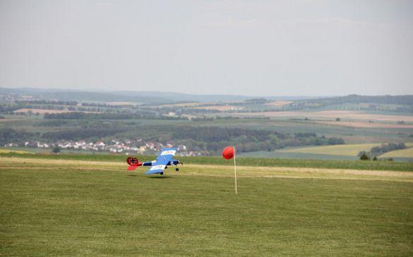 Tiefer Anflug auf den Ballon