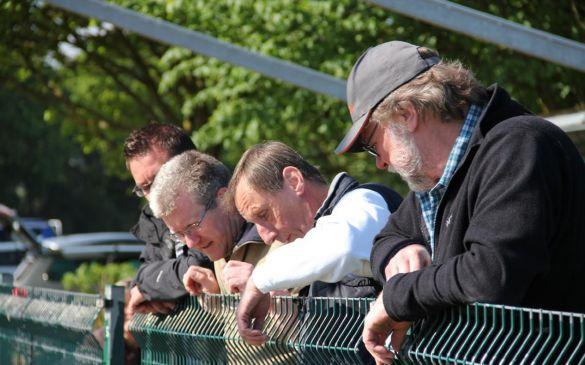 Zaungäste: Daniel, Erik, Helmut und Volker